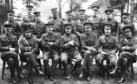 http://www.nationalarchives.gov.uk/images/signpost-images/air1-725-100-2-army-officers-1914-22.jpg