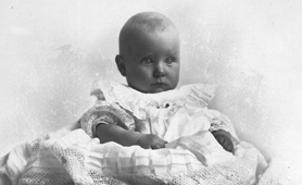 Photograph of a baby (Catalogue reference: COPY 1/566)