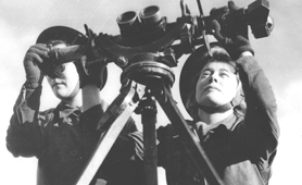 Photograph of two ATS women on lookout with binoculars (Catalogue reference: INF2/42)