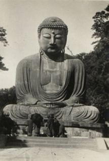 Buddha statue, China, 1920-1930. Catalogue reference: CO 1069/427