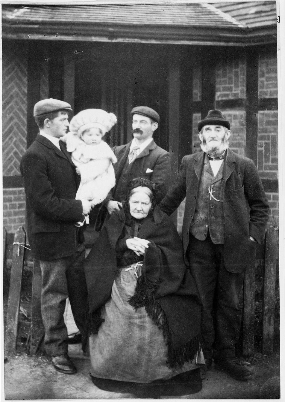 COPY1-481 Five generations of the Fleckney family 1905