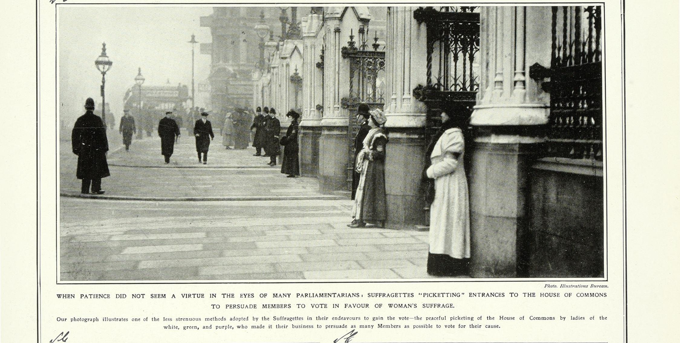 ZPER34/142 Suffragettes Picketing Parliament