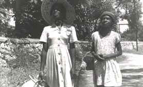 Basket sellers in Jamaica 1950-1959 (catalogue reference: CO 1069/376/29)