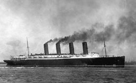 Photograph of RMS Lusitania, 1907 (Catalogue reference: COPY 1/512/447)