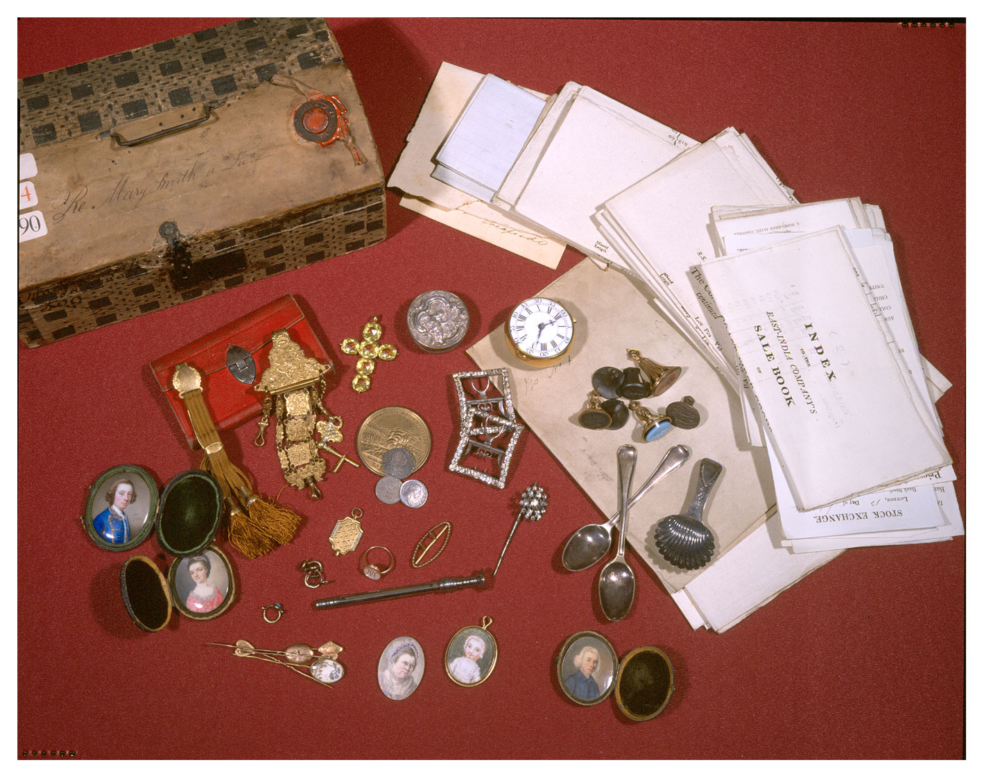 These items belonged to Mary Smith who lived at Christ's Hospital in London and died in 1810 (C 114/190)